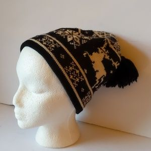 Land's End knit black/white reindeer hat-One Size